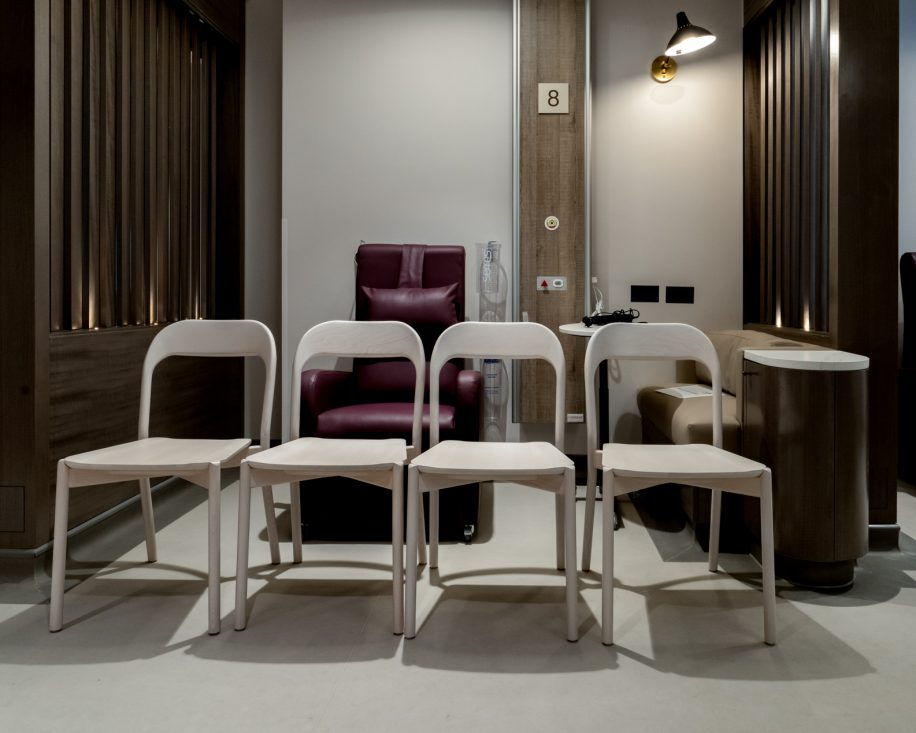The Earl chairs are the perfect furnishing for the the new clinic located in the centre of London