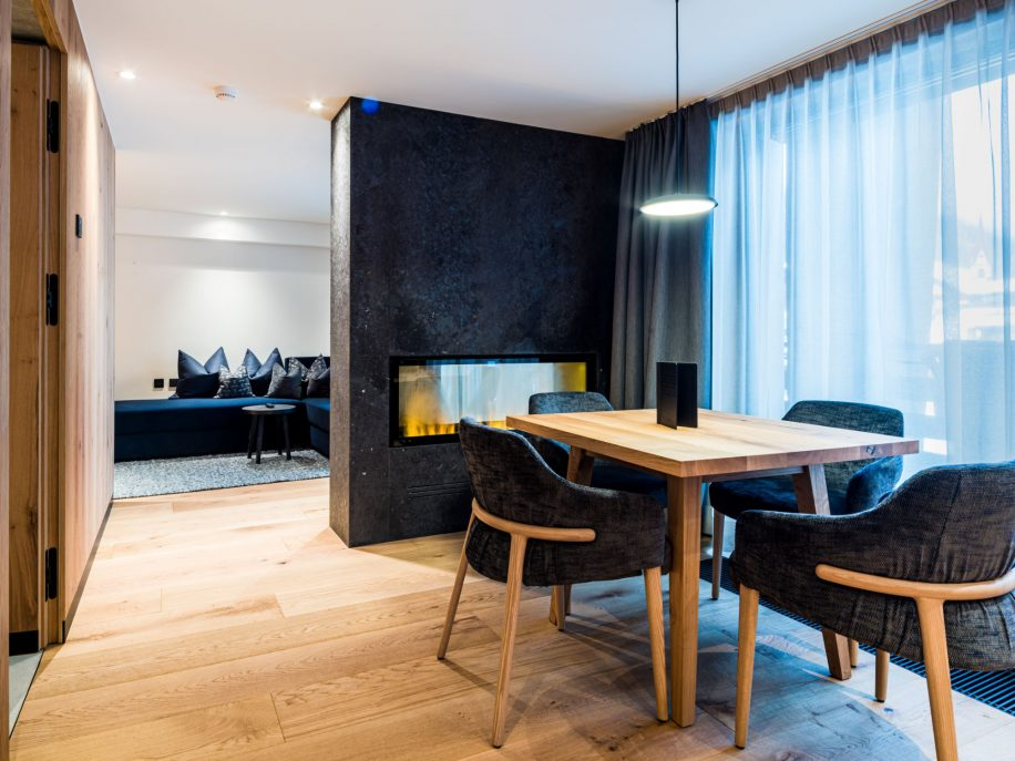 The Trench armchairs furnish the suite of the Hotel Granbaita Dolomites