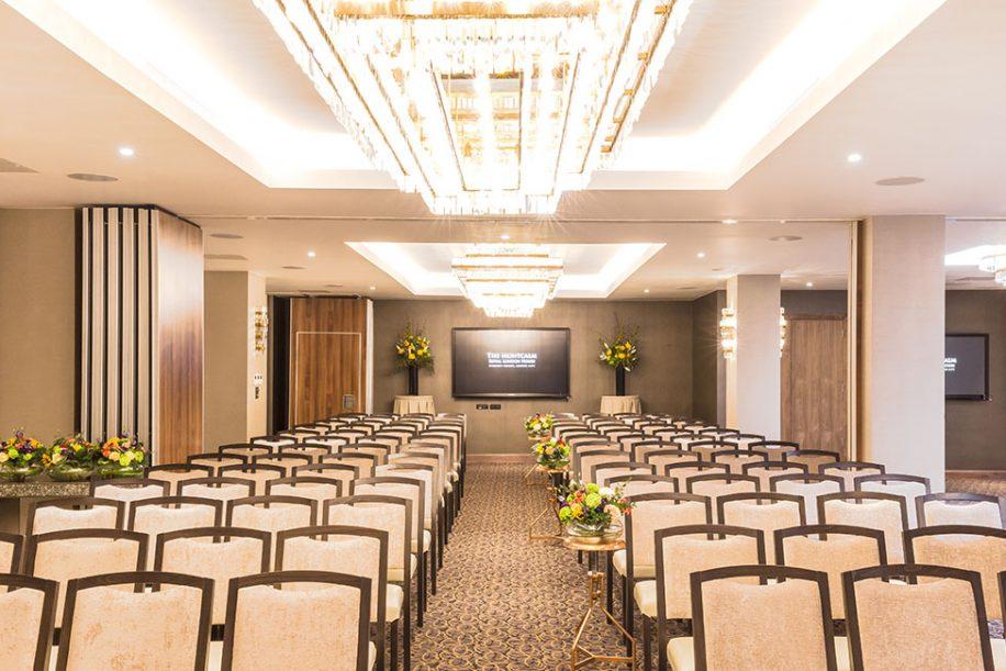Fandango chair furnish the big meeting room of the Montcalm Royal London House Hotel
